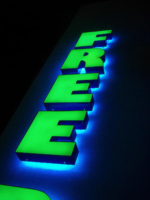 "Neon ""free"" sign (CC BY 2.0) by Joe King"